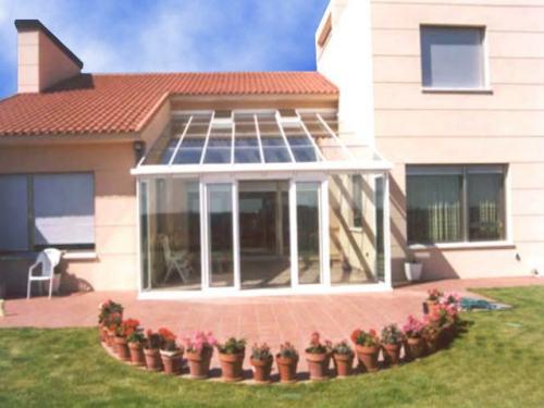 Cerramientos en aluminio cortina de cristal balcones for Cierres de aluminio para terrazas